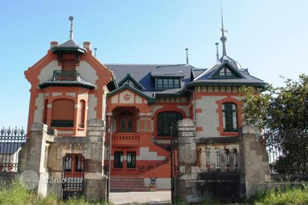Luxury houses for sale in Northern Spain. Castle – Asturias, Spain