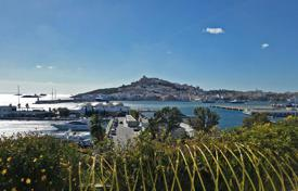 New homes for sale in Balearic Islands. Luxury penthouse in new residential complex in the heart of the prestigious area of La Marina