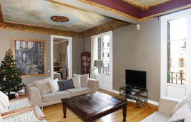 3 bedroom apartments for sale in L'Eixample. Elegant, renovated apartment on Avenida Diagonal, Barcelona
