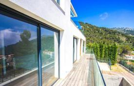 Houses with pools for sale in Èze. Modern villa with sea views in Eze Village