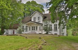 Houses for sale in Germany. Elite mansion with a large plot, in a quiet area, near the lake, Westense, Germany