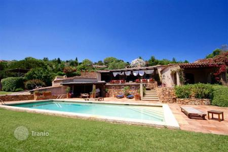 Residential for sale in Costa Smeralda. Detached house – Porto Cervo, Sardinia, Italy
