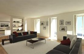 Luxury 6 bedroom apartments for sale in Lisbon (city). 5-bedroom flat in a historical house in Lisbon