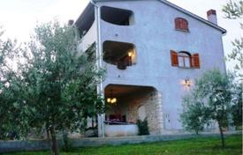 6 bedroom houses for sale in Croatia. Spacious cottage with three terraces and sea views, Galižana, Istria County, Croatia