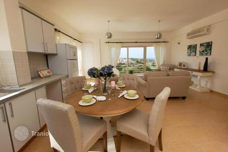 Apartments with pools for sale in Kyrenia. Modern apartment with sea views in Cyprus