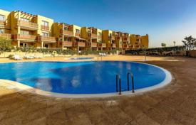 Property for sale in El Médano. Apartment – El Médano, Canary Islands, Spain