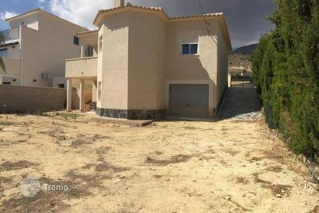 Cheap 4 bedroom houses for sale in Spain. Villa of 4 bedrooms in Busot