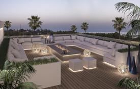 Luxury townhouses for sale in Costa del Sol. Town House for sale in Marbella Golden Mile