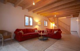 3 bedroom houses for sale in French Alps. Villa – Haute-Savoie, Auvergne-Rhône-Alpes, France