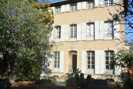 Houses for sale in Aix-en-Provence. Detached house – Aix-en-Provence, Provence — Alpes — Cote d'Azur, France