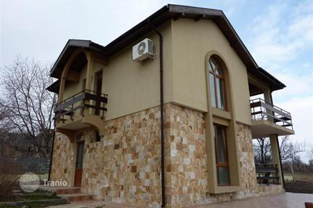 3 bedroom houses for sale in Bulgaria. Newly-built house in the village of Kamenar