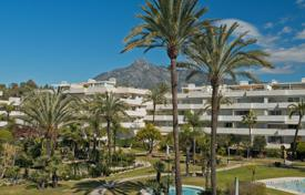 Luxury apartments with pools for sale in Andalusia. Ground Floor Apartment for sale in Los Granados, Marbella — Puerto Banus