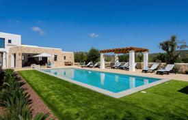 Villas and houses to rent in Palma de Mallorca. New designer villa with a pool and a garden in San Lorenzo, Ibiza, Spain