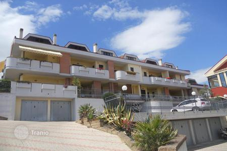 Apartments for sale in Abruzzo. MODERN APARTMENT WITH SEA VIEW