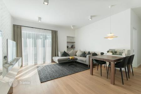 New homes for sale in Latvia. Modern 3-room apartment with a full fit-out, in a new residential complex in the heart of Riga!