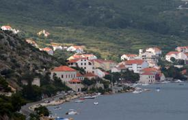 Cheap residential for sale in Croatia. Furnished apartment with two entrances near the sea, Dubrovnik, Croatia. Excellent investment opportunities!