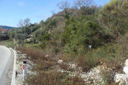 Coastal land for sale in Herceg-Novi. Attractive plot of land, 4km above Herceg Novi, size of 8700 m²