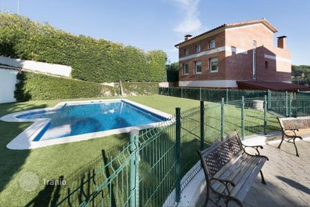 3 bedroom houses for sale in Costa del Maresme. Villa – Sant Andreu de Llavaneres, Catalonia, Spain