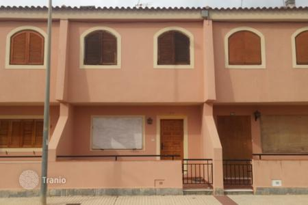 Bank repossessions property in Los Alcazares. Terraced house – Los Alcazares, Murcia, Spain