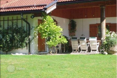 Residential for sale in German Alps. Sunny villa in an exclusive residential area in Rottach-Egern