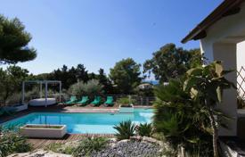 Coastal residential for sale in Sicily. Stylish two-floor villa with a garden and a swimming pool at 300 m from the sea in Costa Bianca del Plemmirio, Syracuse, Sicily, Italy