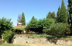 3 bedroom houses for sale in Tuscany. Villa – Arezzo, Tuscany, Italy