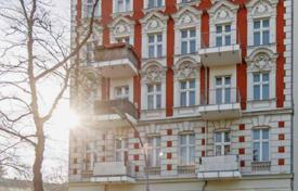 2 bedroom apartments for sale in Germany. Two-bedroom apartment with a terrace close to the park in Berlin, Germany