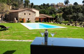 Luxury 4 bedroom houses for sale in Costa del Maresme. Villa – Santa Susanna, Catalonia, Spain