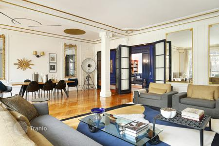4 bedroom apartments for sale in 16th arrondissement of Paris. Paris 16th District — Passy — Trocaderro