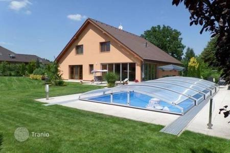 4 bedroom houses for sale in Central Bohemia. Villa - Sulice, Central Bohemia, Czech Republic