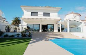 Residential for sale in Empuriabrava. Villa – Empuriabrava, Catalonia, Spain