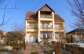 Houses for sale in Bacs-Kiskun. Detached house – Tiszakécske, Bacs-Kiskun, Hungary