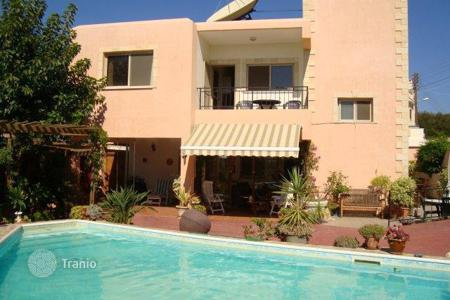 Residential for sale in Mesa Chorio. Detached house – Mesa Chorio, Paphos, Cyprus