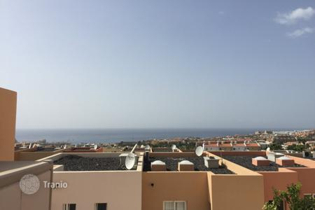 Townhouses for sale in Tenerife. Terraced house - Costa Adeje, Canary Islands, Spain