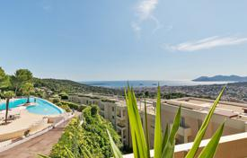 Luxury 3 bedroom apartments for sale in Côte d'Azur (French Riviera). Close to Canne — On the heights — Splendid appartement