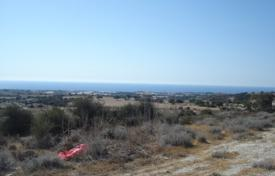 Coastal property for sale in Maroni. Building Plot