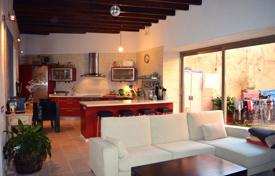 Townhouses for sale in Balearic Islands. Two-storey townhouse, Biniali, Spain