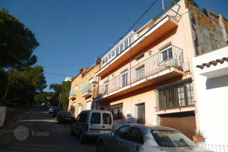 Cheap property for sale in Palamós. Apartment – Palamós, Catalonia, Spain