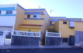 2 bedroom houses for sale in Telde. Villa – Telde, Canary Islands, Spain