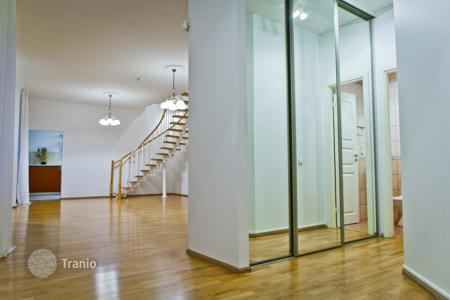 3 bedroom apartments for sale in Latvia. Spacious 2-level 4-room apartment with pool and sauna, in the prestigious area of Riga