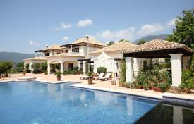4 bedroom houses for sale in El Madroñal. Villa with pool, garden and views of the mountains, the sea and the coast of Africa, in a luxury complex in La Zagaleta, El Madronal, Malaga