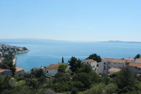 Apartments with pools by the sea for sale in Croatia. Apartments on island Ciovo