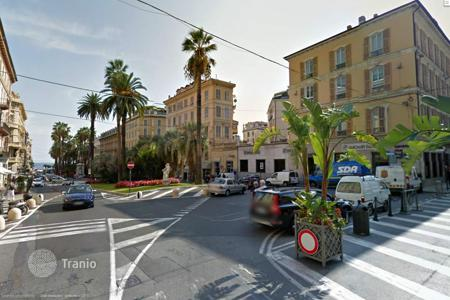 Apartments for sale in Sanremo. Apartment with a terrace overlooking the sea in San Remo