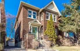 Townhome – North York, Toronto, Ontario,  Canada for 807,000 $