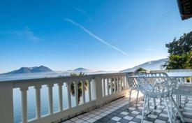 Apartments for sale in Baveno. Fine property on the shores of picturesque Lake Maggiore! The spacious 4-room apartment, newly renovated and full furnished!