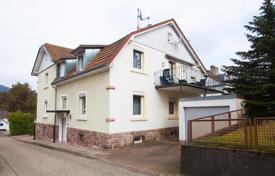 Houses for sale in Germany. Renovated 2-storey house of 3 apartments in Baden-Baden