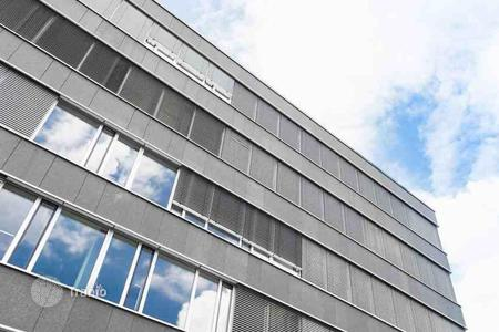 Office buildings for sale in Berlin. Office building in Berlin with a 4,8% yield