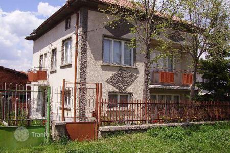 Cheap houses for sale in Shiroki dol. Detached house – Shiroki dol, Sofia region, Bulgaria