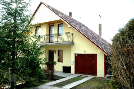 4 bedroom houses for sale in Lake Balaton. Deatached House on the Northern Side of the Lake Balaton close to Keszthely