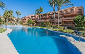 Beautiful apartment in a luxury complex, Puerto Banus, Andalusia, Spain for 640,000 €